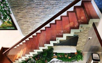 Quá trình thi công cầu thang không dầm